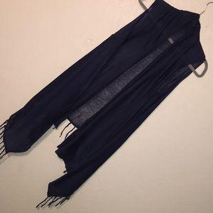 Tops - NWT. Beautiful Dark BLUE Shawl 💙