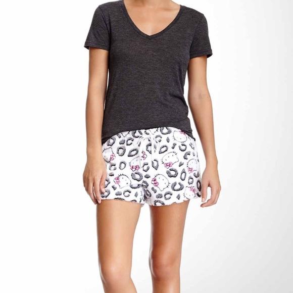 d8bd843e2 Hello Kitty Intimates & Sleepwear | Snow Leopard Medium Pj Shorts ...