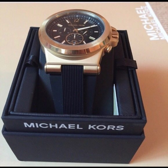 56db20a98a16 BRAND NEW Michael Kors Dylan watch