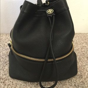 PARTY SALE!Tory Burch blk leather backpack satchel