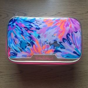 NWT Lilly Pulitzer cosmetic case