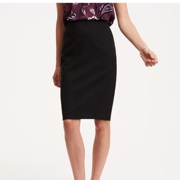 436ee24dcd LOFT Dresses & Skirts - Ann Taylor Loft black seamed scuba pencil skirt!