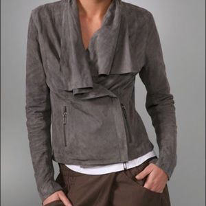 Vince drape paper weight suede jacket in gray