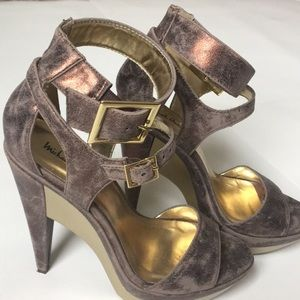 Michael Antonio shoes