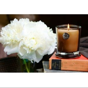 Aquiesse Sandalwood Candle