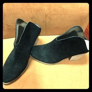 "Suede Leather Booties Black Size 7M 3"" Heel"