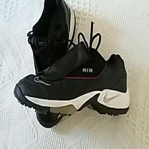 a17293032b3 ... Nike Kidsu0027 Golf Shoes on Poshmark A10256