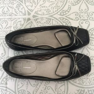 Black flats with bow detail by Paolo