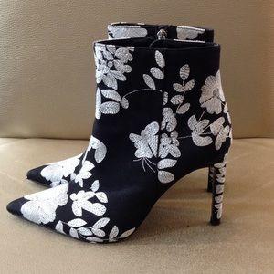 Zara Black & White Floral Cloth Heel Boots