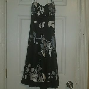 Spring Black and White Flower Dress