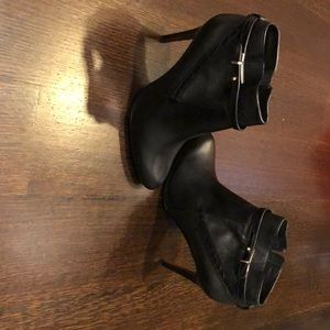 Coach Bootie Black leather size 8