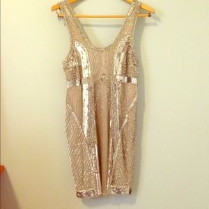 Stunning Parker Beaded Silver Dress - Size Small