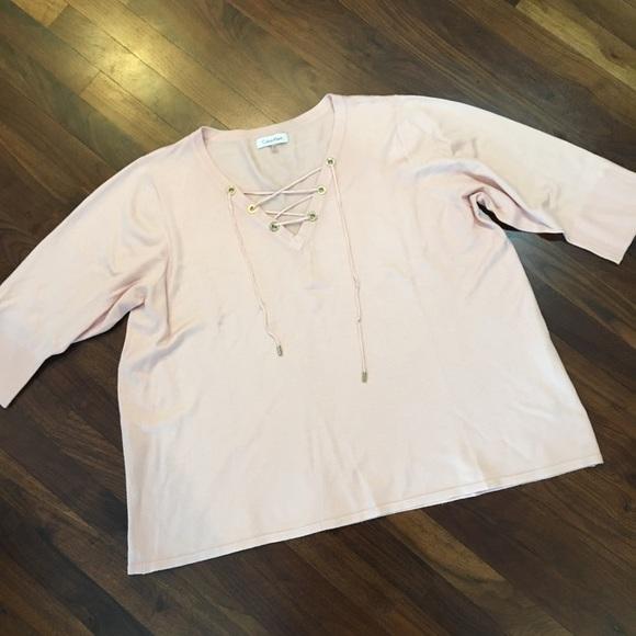 CALVIN KLEINE Fine Gauge Lace-Up Sweater in Blush 3a3843829