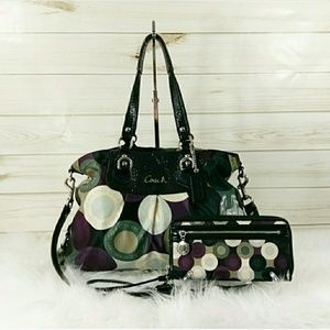 Coach Ashley Snaphead Carryall Set