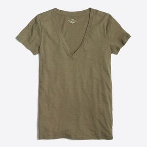 J. Crew Featherweight Slub Cotton V-neck T-shirt S