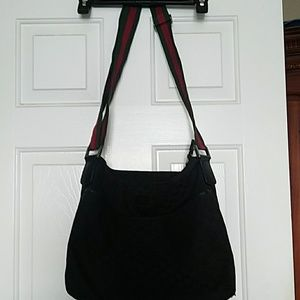 Gucci black purse serial number 189751 213048
