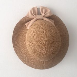 Accessories - Summer Bow Hat, with mauve pink bow.