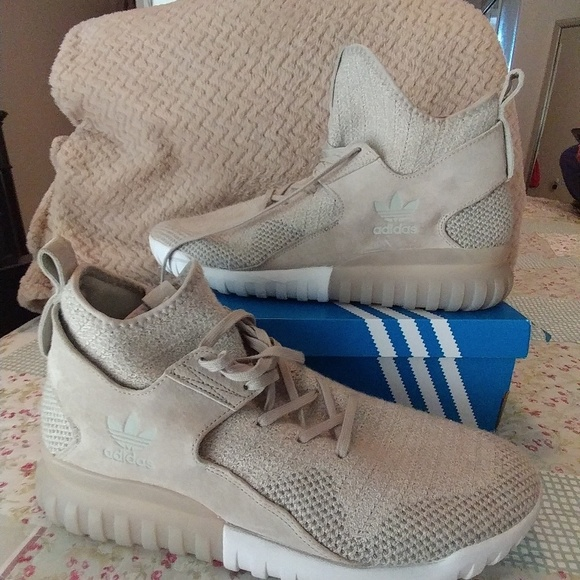 adidas Zapatos   Sneaker Tubular X Knit Sesame Clay Marrón Sneaker     Poshmark 99eeac