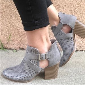 Shoes - 3 left!! Ankle Strap Perforated Block Heel Bootie