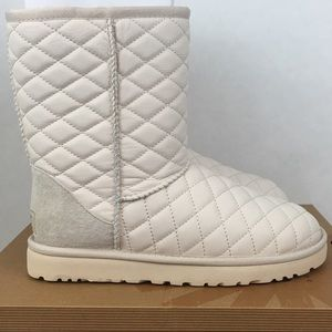 NEW UGG Quilted Leather Classic Short Boots