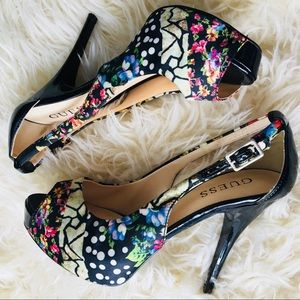 Guess ❦ Black & Cream Floral Patent Peeptoe Pumps