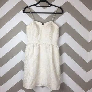 AQUA White Gold Strapless Metallic Dress Size 6