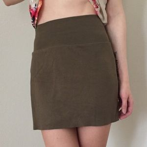 American Apparel jersey stretch olive green skirt