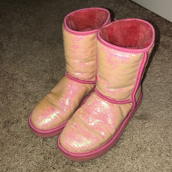 light pink sparkle uggs