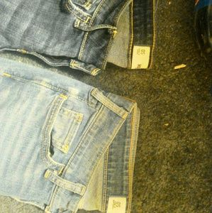 2 NEVER WORN Pairs of Hollister Jeans