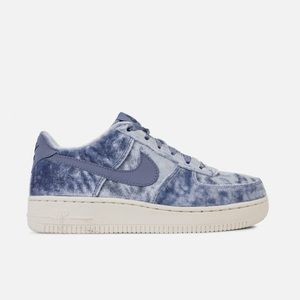 new products fd7ce 91037 Nike Shoes - Nike Air Force 1 Lv8 sky blue soft velvet shoes