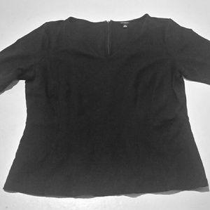 ☆☆☆Ann Taylor peplum style black tee shirt