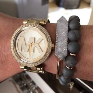 Michael Kordell gold tone watch!