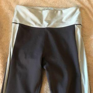 fabletics gray/blue mesh bottom leggings