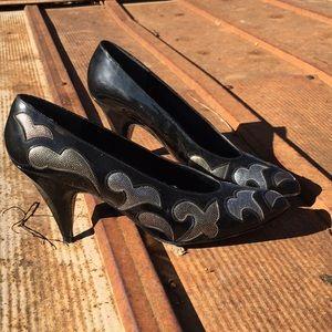 Vintage   metallic accent shoes