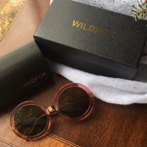 Wildfox Malibu Sunglasses (Clear/Pink)