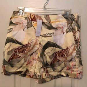 NWT Floral White House Black Market Shorts