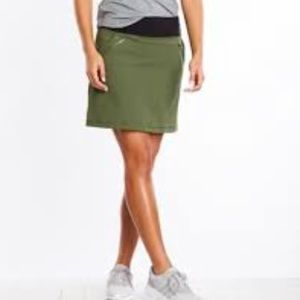 NWT Lucy Do Everything Skirt in Rich Olive