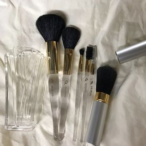 Mary Kay 9 piece brush set with cup
