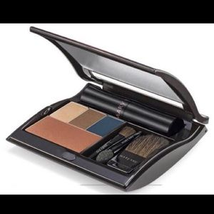 Mary Kay Full Size Compact