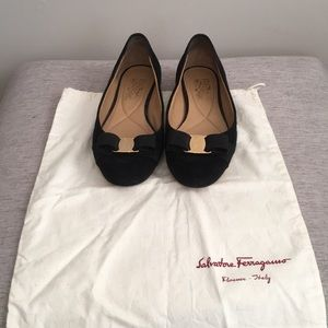 Size 8B Ferragamo Flats