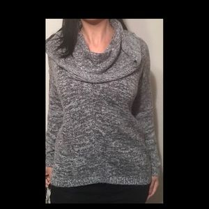 Express gray sweater M/L