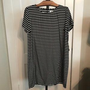 Old Navy Striped Shift Dress