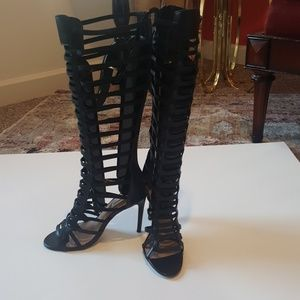 Knee-high Gladiator Pumps/Boots by Steve Madden 9