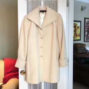 Gorgeous Kenneth Cole lambs wool cashmere coat