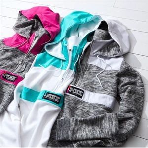 Pink VS anorak , grey and blue