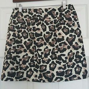 💥3/30 Ann Taylor Loft Mini Skirt.