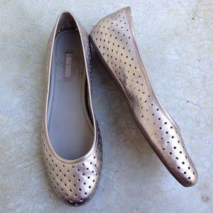 Ecco silver perforated leather ballet flats 42
