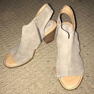 Born peep toe heeled shoe size 7.5