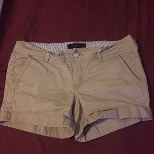 Aeropostale khaki midi shorts size 6