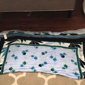 Ann Taylor Accessories - 1 HR SALE Ann Taylor Floral Scarf Wrap